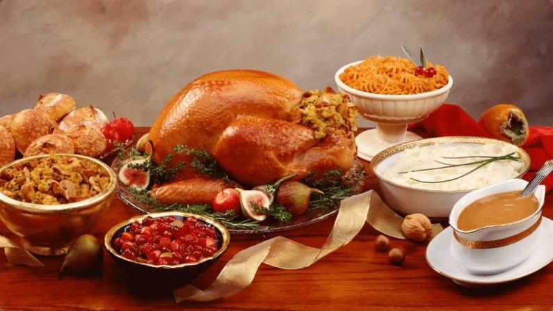 thanksgiving-dinner-delicious-wallpaper-hd-2015-HDBcn.jpg